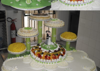 Torta Nuziale con Frutta Sassari