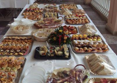 Tavolo con Tramezzini, Pizzette